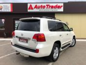 Toyota Land Cruiser 200 Фото № 4 из 23