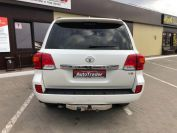 Toyota Land Cruiser 200 Фото № 5 из 23