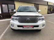 Toyota Land Cruiser 200 Фото № 2 из 23
