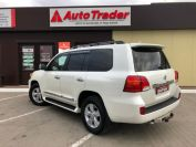 Toyota Land Cruiser 200 Фото № 6 из 23