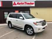 Toyota Land Cruiser 200 Фото № 3 из 23